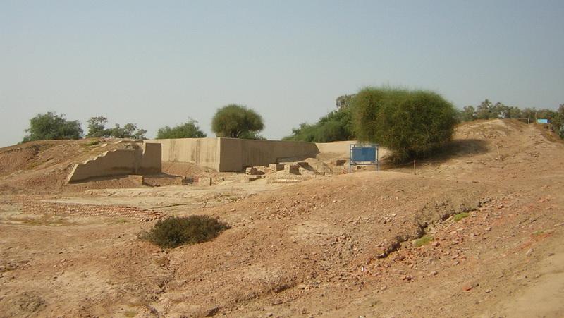 """zhob valley culture Aḥmadzī """"descendants of aḥmad"""" (sing aḥmadzay),  in the zhob valley: aḥmadzī  māmēzī  ḥaydar ḵēl  mandō ḵēl."""